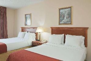 Hotel Baymont By Wyndham Portage