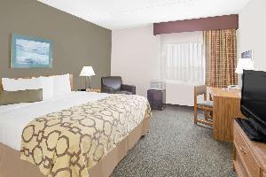Hotel Baymont By Wyndham Janesville