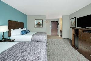 Hotel Baymont By Wyndham Minot