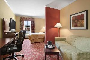 Hotel Baymont By Wyndham Prince George At Fort Lee