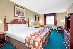 Hotel Baymont By Wyndham Monroe