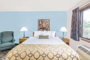 Hotel Baymont By Wyndham Marshalltown