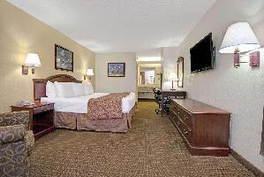 Hotel Baymont By Wyndham, Montgomery