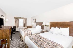 Hotel Baymont By Wyndham Lemars