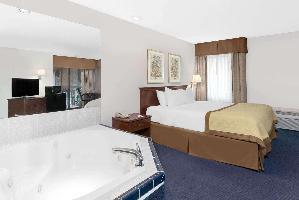 Hotel Baymont By Wyndham Zanesville