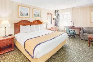 Hotel Baymont By Wyndham Kalamazoo
