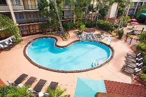 Hotel Baymont By Wyndham Tampa Near Busch Gardens