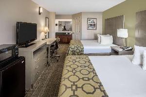 Hotel Baymont By Wyndham, Cleveland