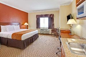 Hotel Baymont By Wyndham, Baytown