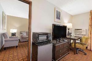 Hotel Baymont By Wyndham Roseburg