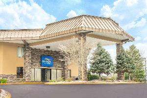 Hotel Baymont By Wyndham Knoxville I 75