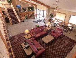 Hotel Baymont By Wyndham, Lakeville