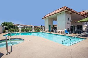 Hotel Days Inn By Wyndham Anaheim Near The Park
