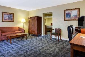 Hotel Baymont By Wyndham Lake City