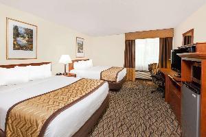 Hotel Baymont By Wyndham Grand Rapids Southeast