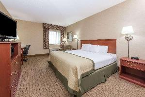 Hotel Baymont By Wyndham Indianapolis South