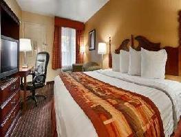 Hotel Baymont By Wyndham, Goodlettsville