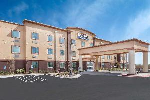 Hotel Baymont By Wyndham Midland Center