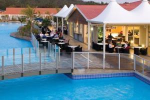 Hotel Oaks Pacific Blue Resort