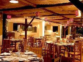 Hotel Esturion Lodges