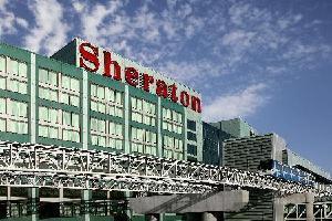 Sheraton Gateway Hotel - Standard