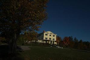 Hotel Rossmount Inn - Bay View Queen Bed