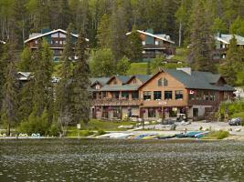 Hotel Pyramid Lake Resort