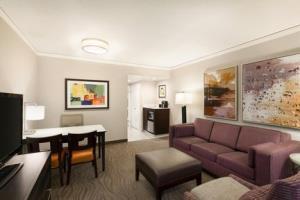 Hotel Embassy Suites Irvine - Orange County Airport