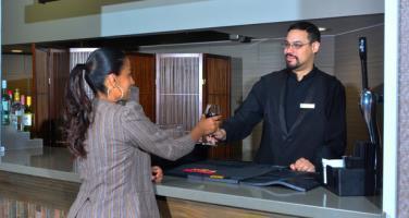 Hotel Embassy Suites Denver - Aurora
