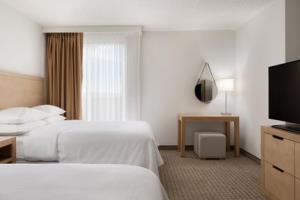 Hotel Embassy Suites Denver - International Airport