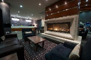 The Sutton Place Hotel Revelstoke - Studio Signature Suite (1 King + 1 Queen Sofa)