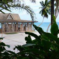 Hotel Coco De Mer And Black Parrot Suites