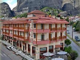 Hotel Famissi