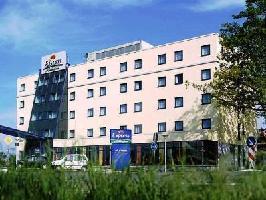 Hotel Holiday Inn Express Frankfurt Airport