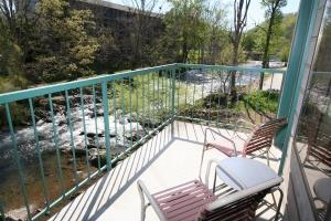 Hotel Creekstone Inn