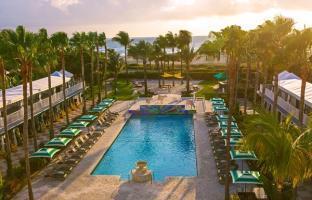 Hotel Surfcomber South Beach