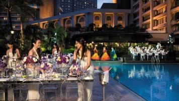 Hotel Peninsula Manila