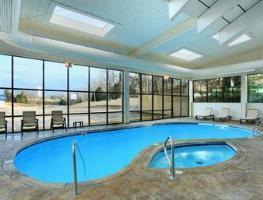 Hotel Baymont Inn & Suites - Branson