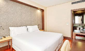 Hotel Nh Sevilla Plaza De Armas