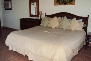 Hotel Exotic Caye Beach Resort