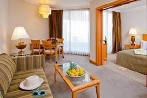 Hotel U Suites