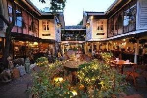 Hotel Silom Village Inn