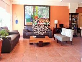 Las Palmas Hotel & Suites
