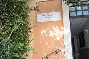 Hotel Dragonara Court