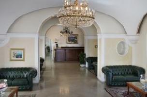 Hotel Lloyd's Baia
