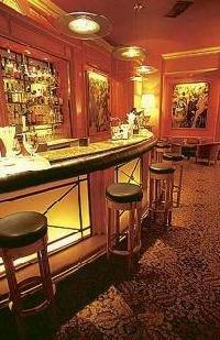 B4 Lyon - Grand Hotel