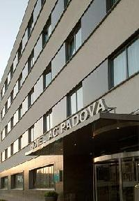 Hotel Ac Padova By Marriott
