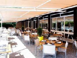 Hotel Novotel Aix En Provence Beaumanoir Les 3 Sautets