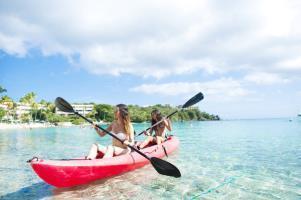 Hotel Secret Harbour Beach Resort