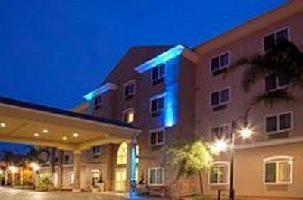 Holiday Inn Express & Suites Lax Hawthorne Hotel